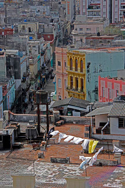 Doug Johnson, Washing Day – Havana Cuba, Photograph